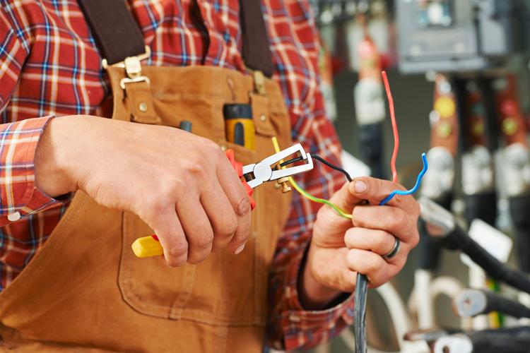 Servizi Pronto Intervento Impianti | A&G Elettro