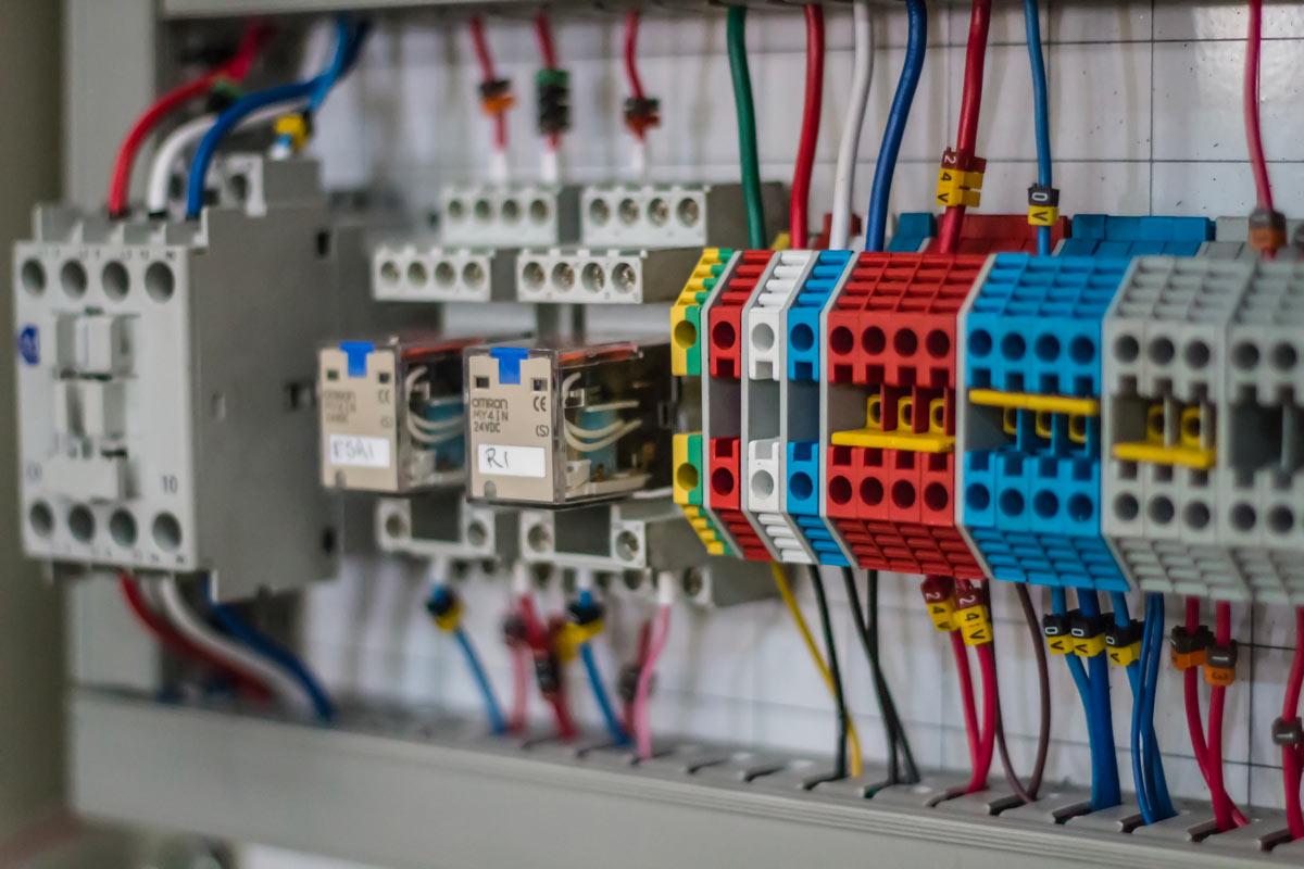 Impianti Elettrici Certificazioni SOA | A&G ELETTRO