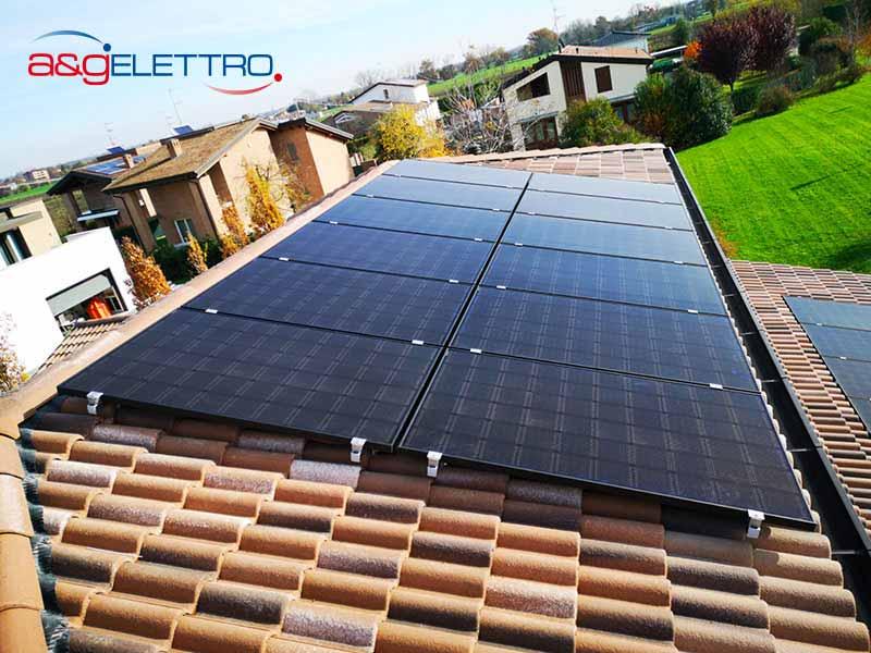 Moduli Fotovoltaici sopra tegole installati | A&G Elettro
